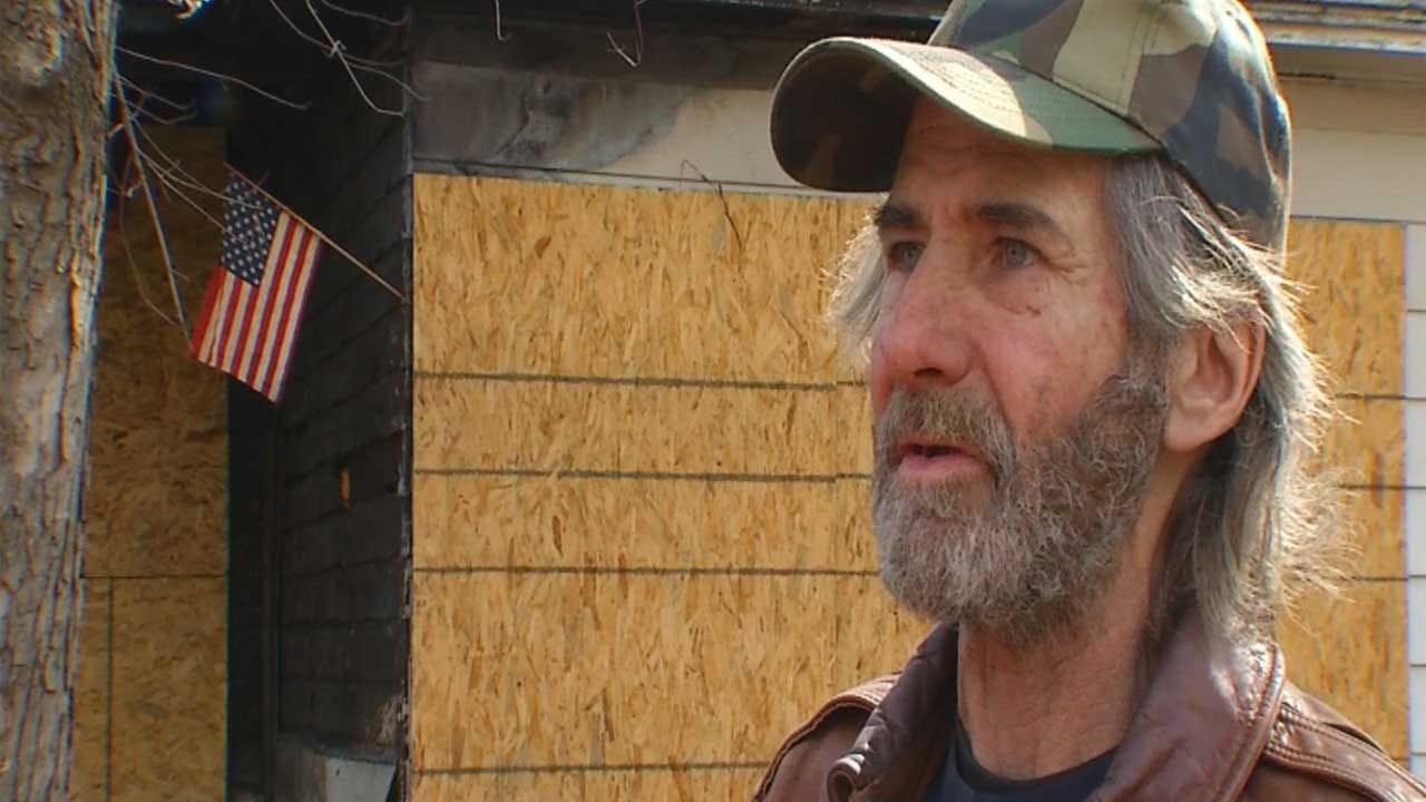 Goodwill Volunteers Help Homeless Veteran