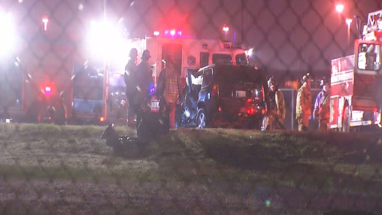 One Dead After Three-Car Accident In OKC