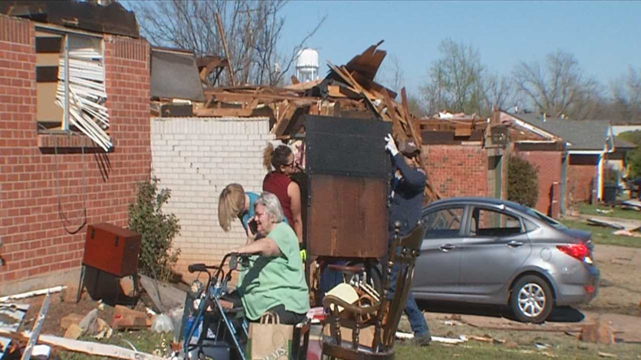 Man Charged For Swindling Elderly Couple After 2015 Moore Tornado