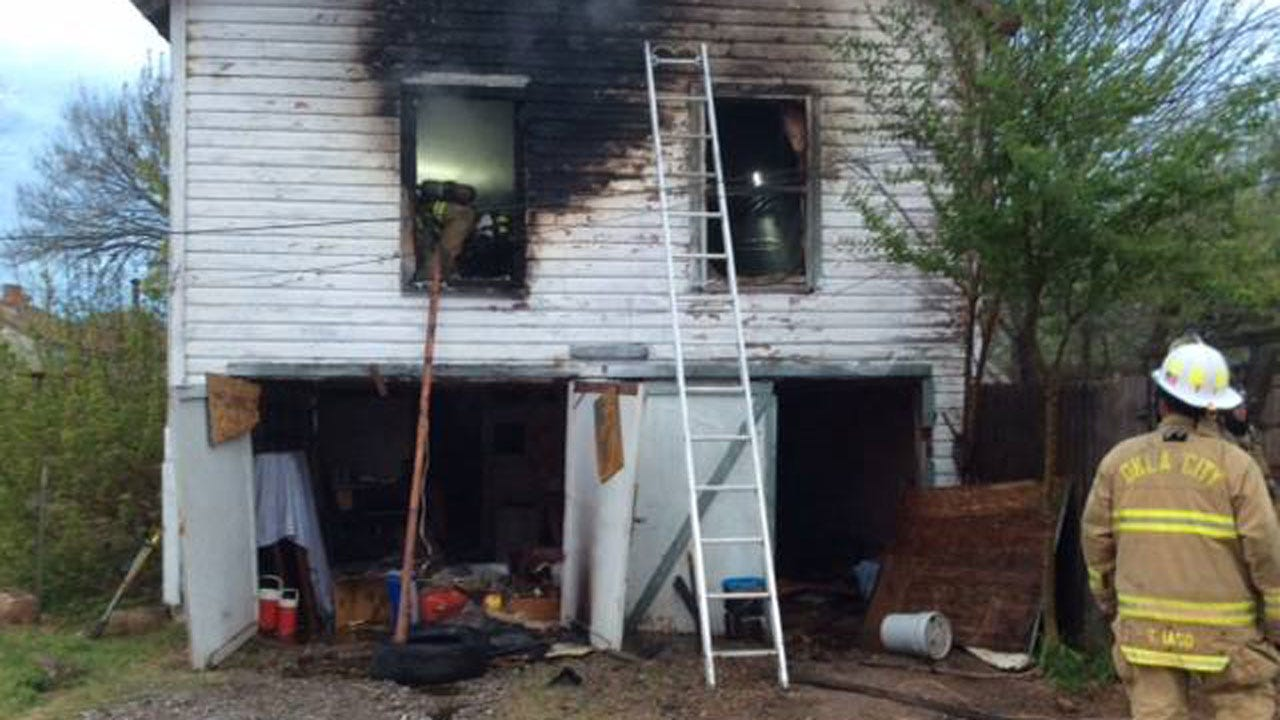 Officials Investigate Fire At Detached Garage Apartment In OKC