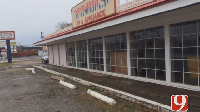 Shuttered OKC Electronics Store Repeatedly Vandalized