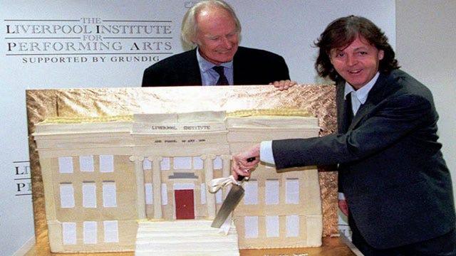 Legendary Beatles Producer Martin Dies At 90