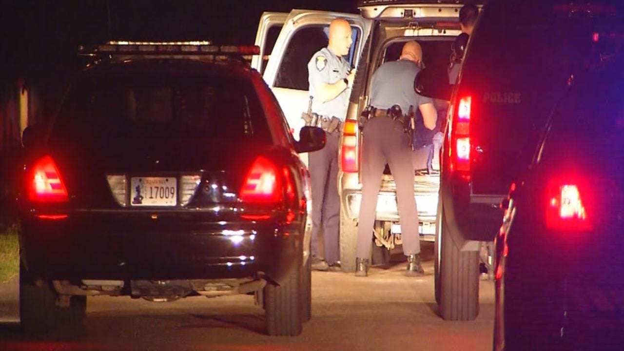 Police Search For Suspect Who Led Officers On Chase In Stolen Vehicle In Bethany