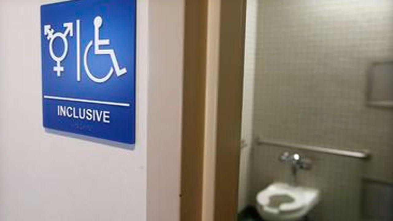 Obama To Speak On New Transgender Bathroom Guidelines In Public Schools