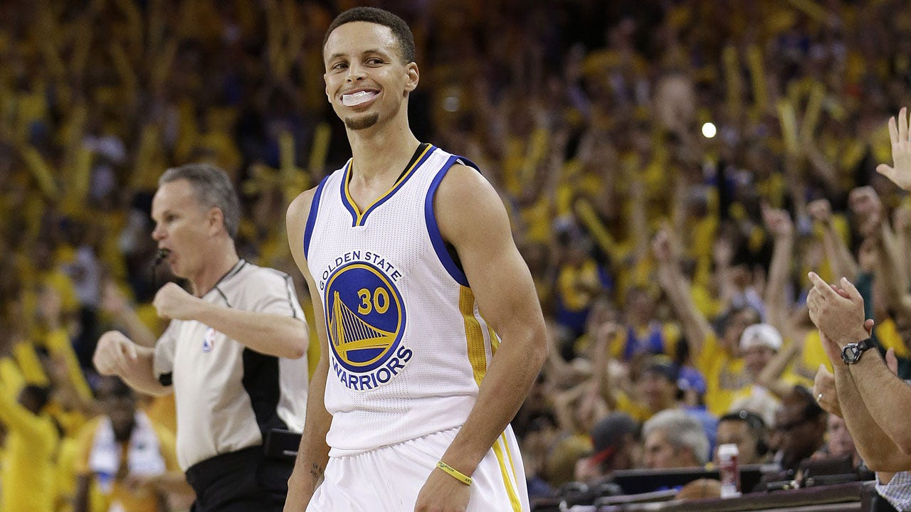 The Steph Effect: Curry Crushes Thunder To Tie Series At 1-1