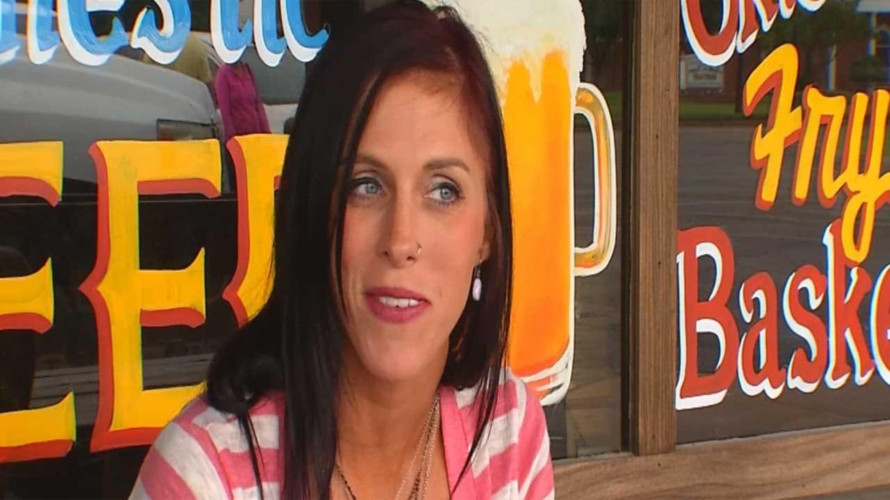 Yukon Single Mom Finds, Returns Bag Of Money
