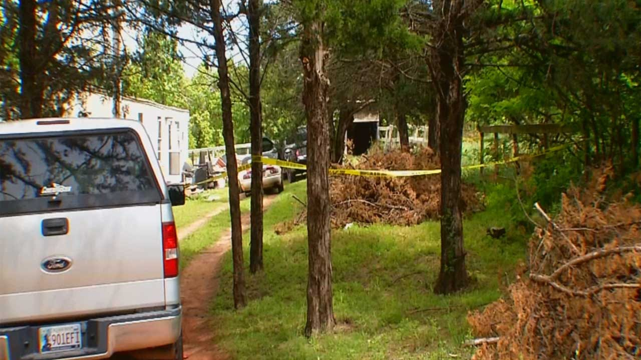 Authorities Identify Man Stabbed To Death In Logan County