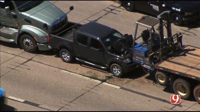 Injury Crash Involving Semis Reported On EB I-40 In OKC