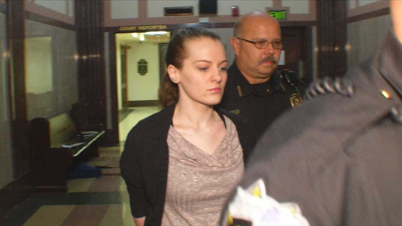 Jury Finds Chloe Thomas Guilty Of Second Degree Murder In Death Of Anne Hill