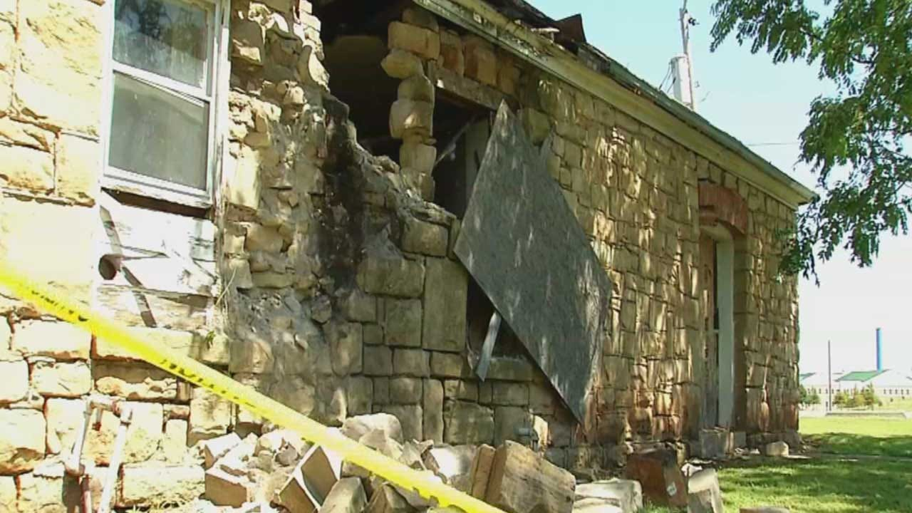 Earthquake Causes Damage For Historic Pawnee Buildings