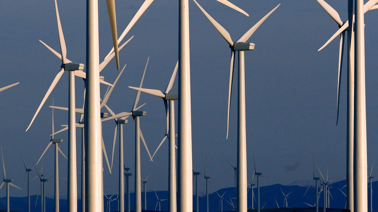 World Adds Record Amount Of Renewable Energy Capacity In 2016