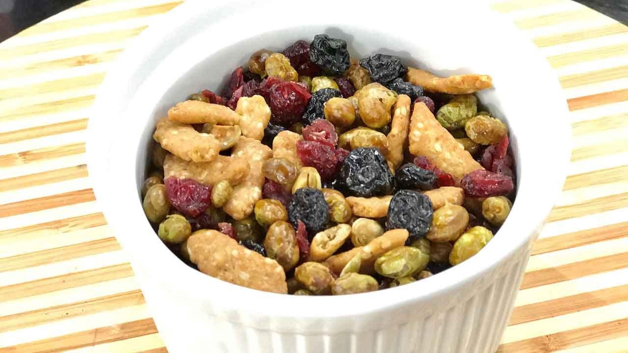 Dried Edamame Snack Mix