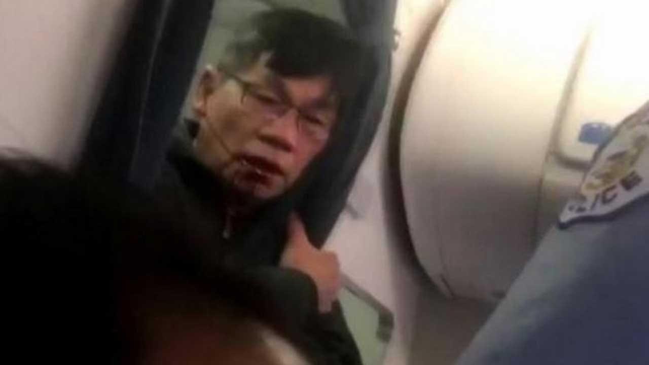 United Passenger Agrees To Settlement Over Dragging Incident