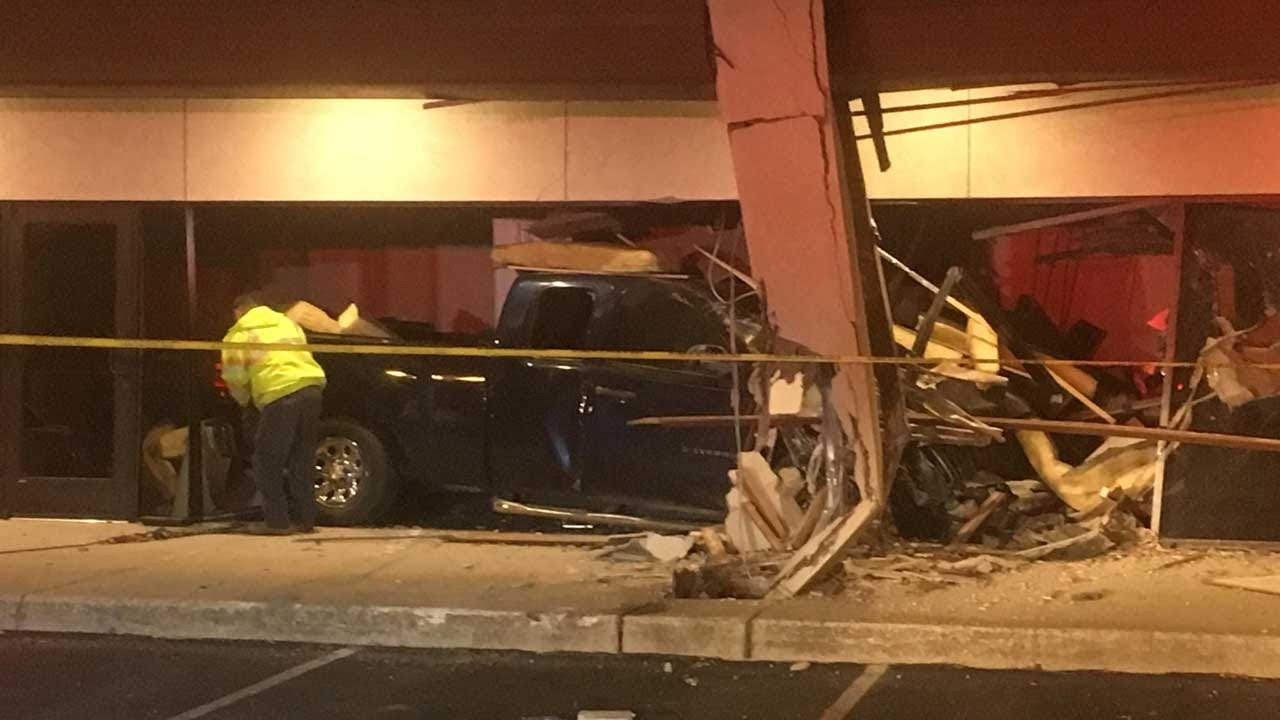 Police: Pickup Crashes Into Norman Business