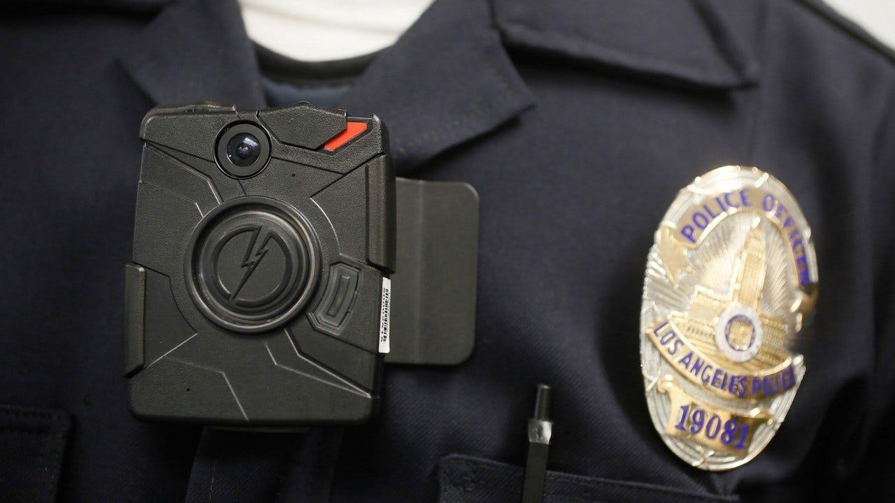 Arizona Company Offering Body Cams To All U.S. Police