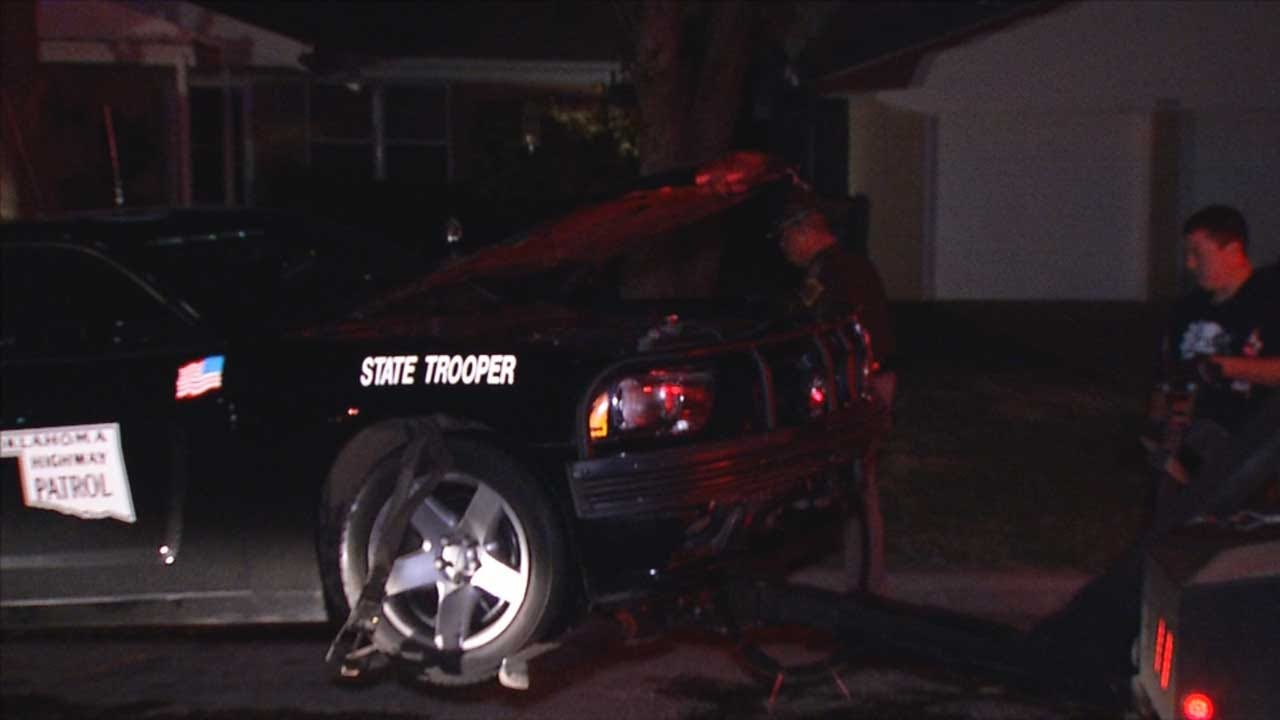 OKC Police Car, 2 OHP Cruisers Damaged Following Overnight Chase