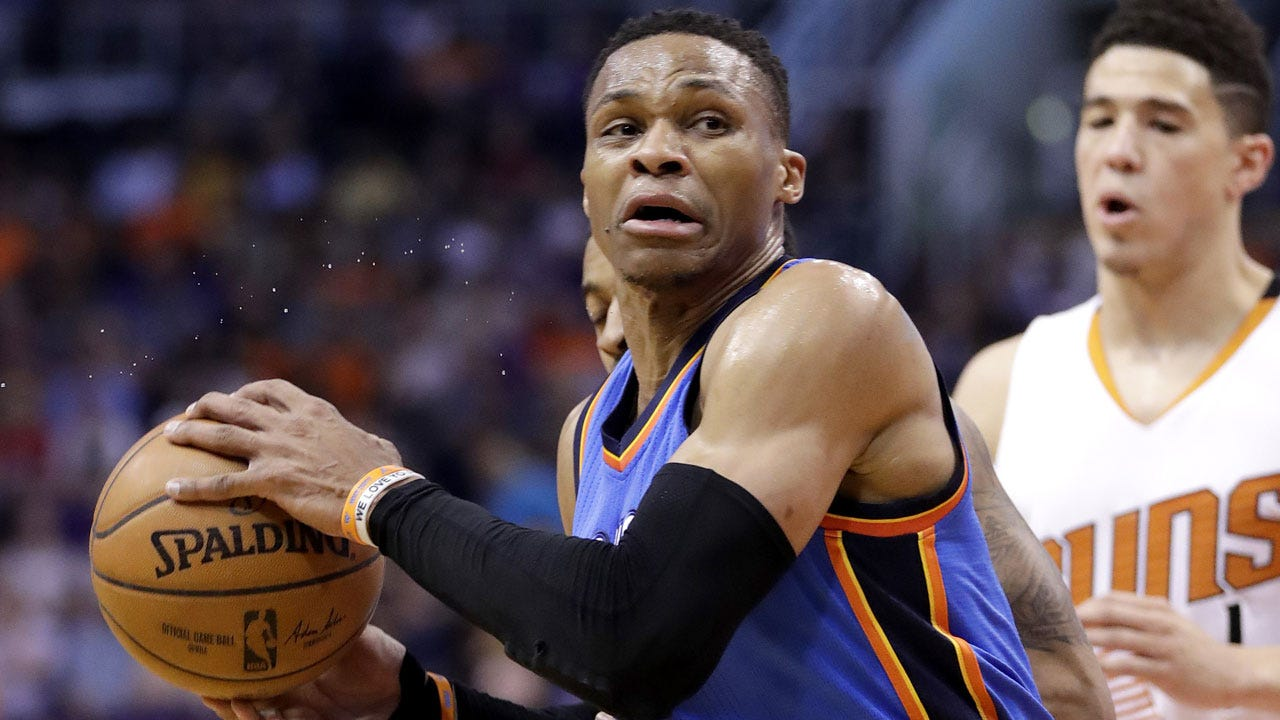 Phoenix Catches Fire In Blowout Win Over Thunder