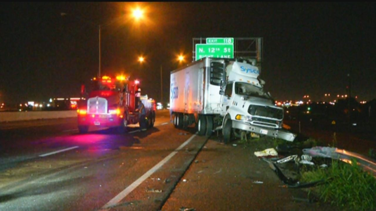 Fuel Leak Caused By Semi Crash On I-35 In Moore
