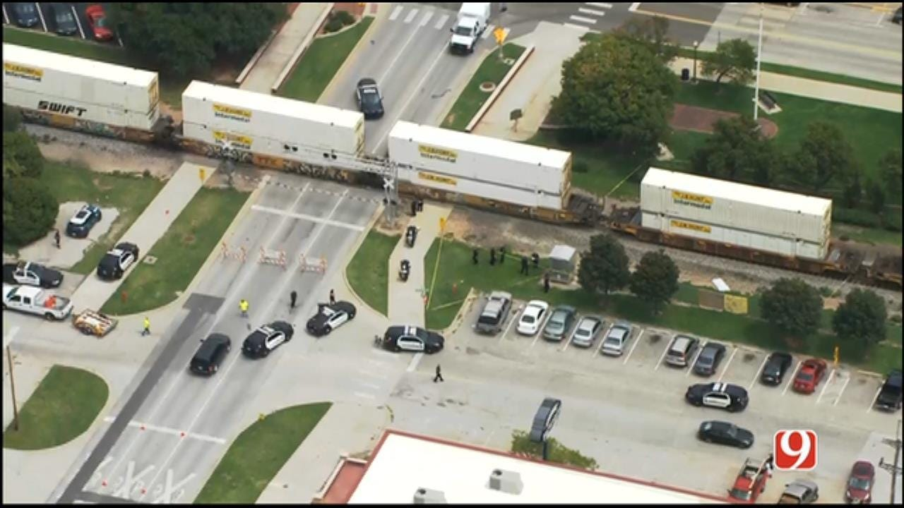 Police Identify Bicyclist Struck, Killed By Train In Norman
