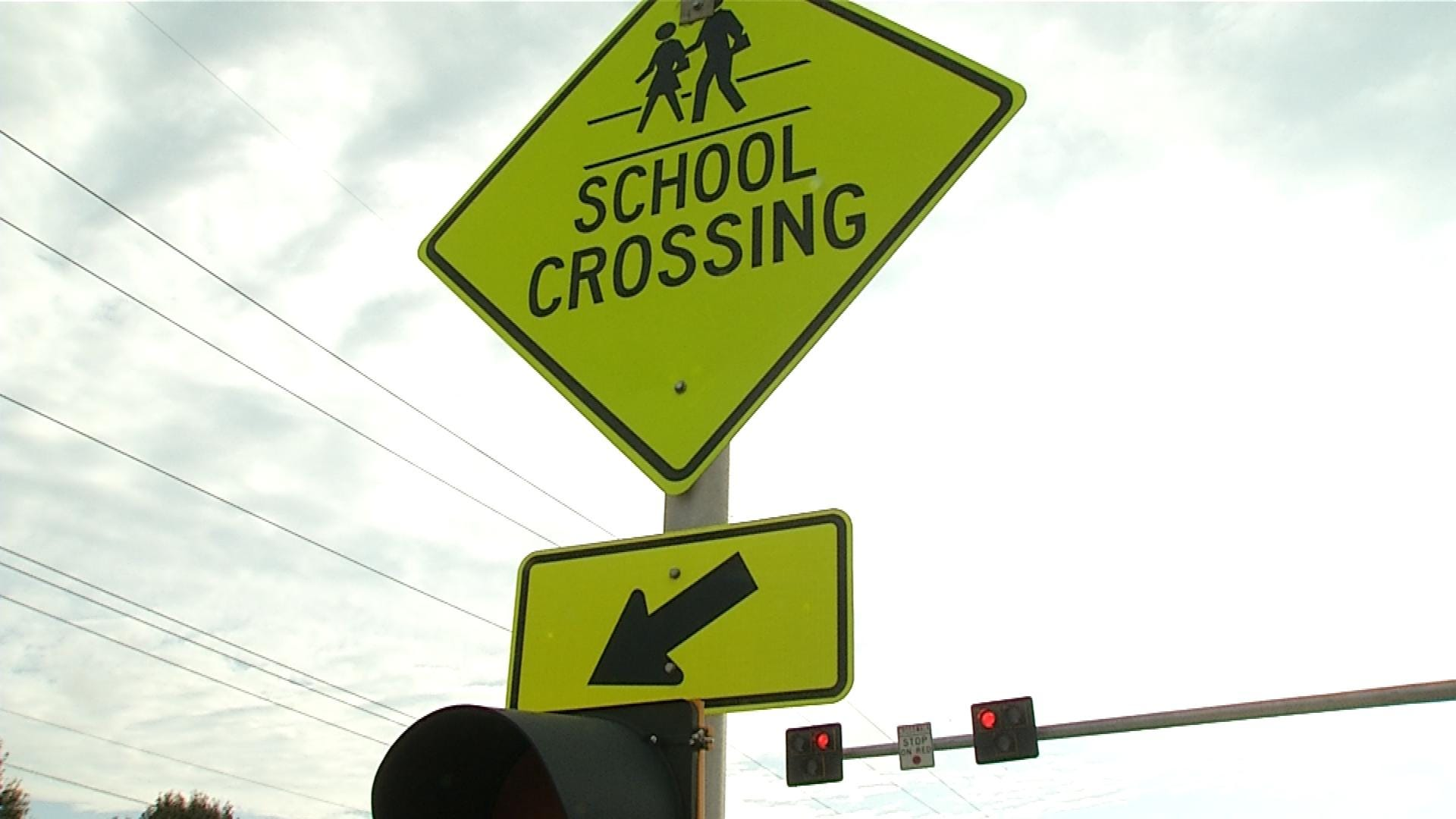 City Of Moore Takes First-Of-Its-Kind Traffic Safety Step Near Jr. High