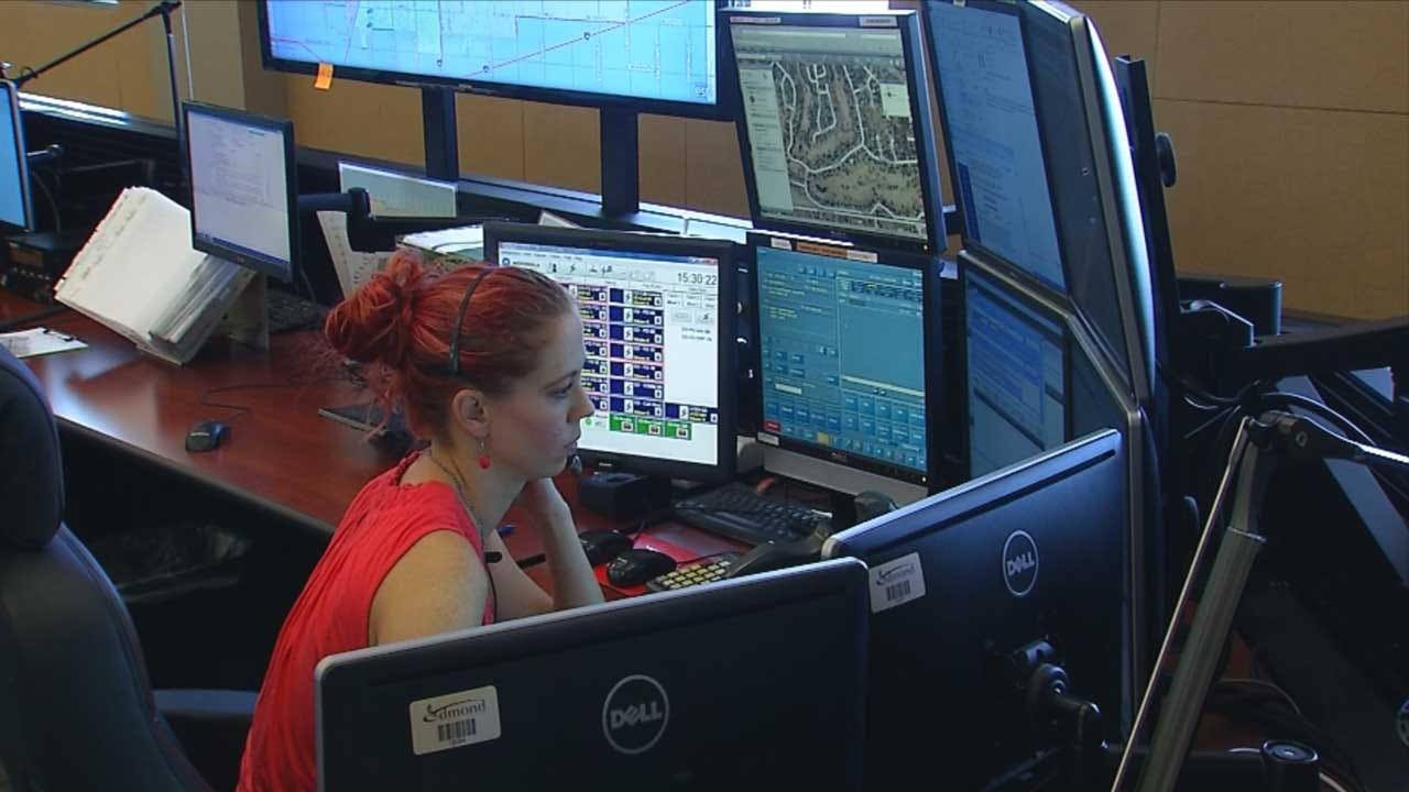 Dispatchers Answer Hundreds Of Call After Edmond Earthquake