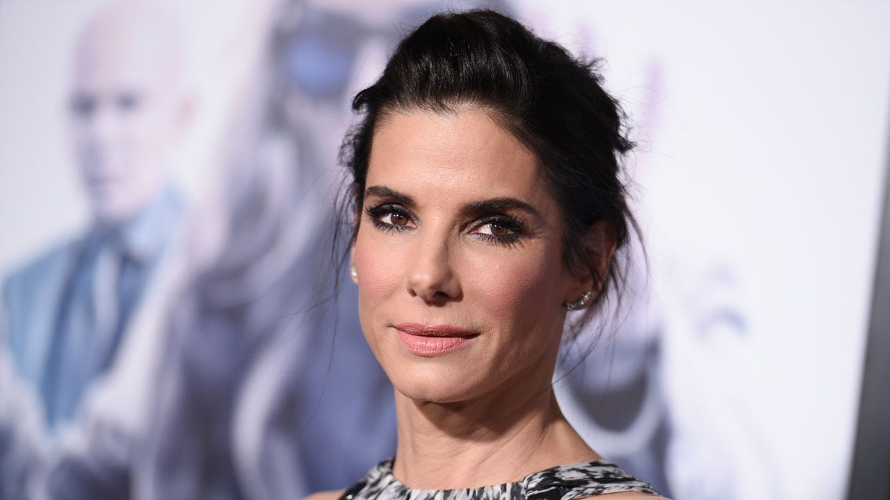 Sandra Bullock Makes $1M Donation To Red Cross For Harvey Relief