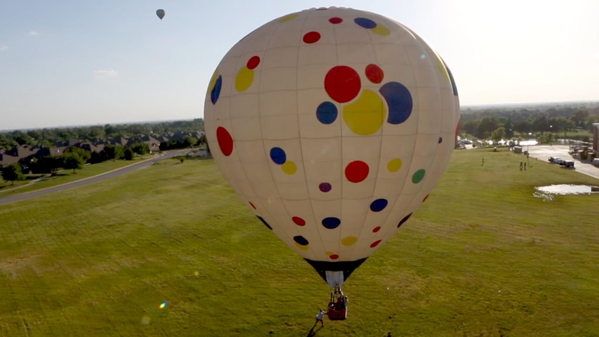 FireLake Fireflight Balloon Festival This Weekend