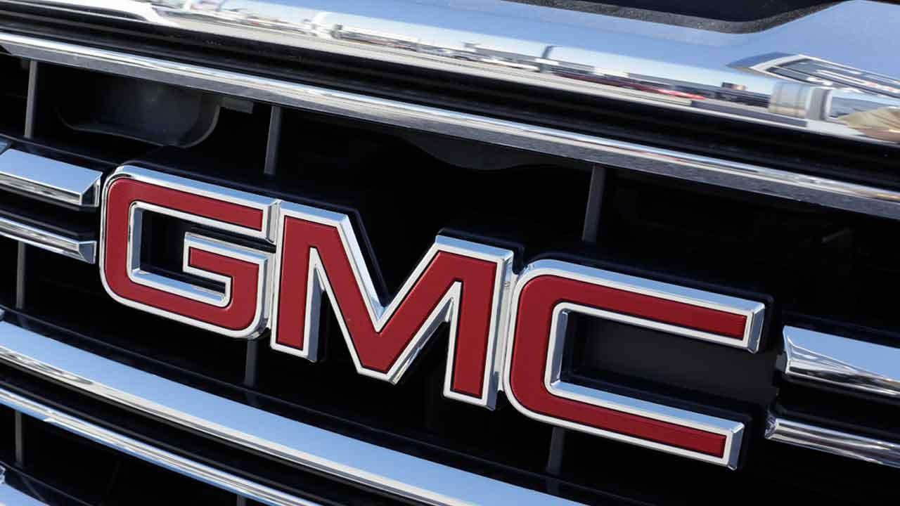 General Motors Recalls Roughly 800,000 Pick-Ups For Steering Defect