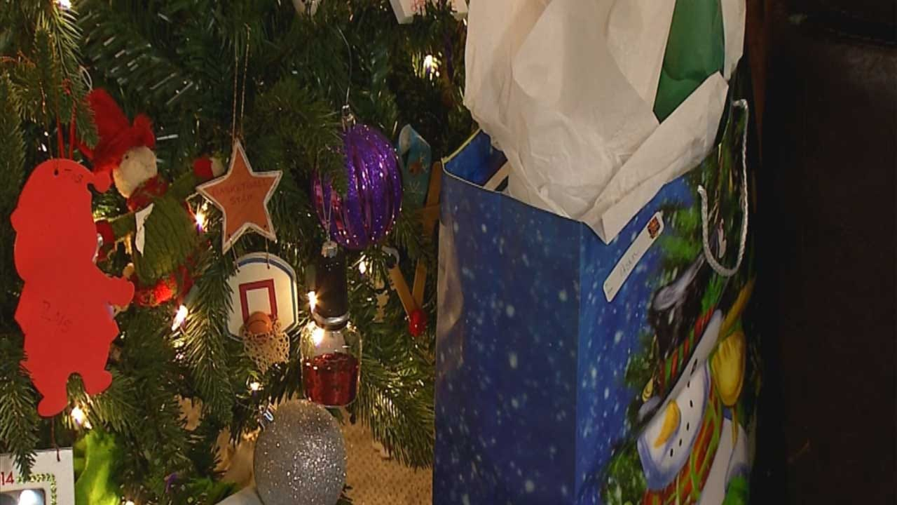 Coalition Filling Holiday Wish-Lists For Oklahoma Foster Children