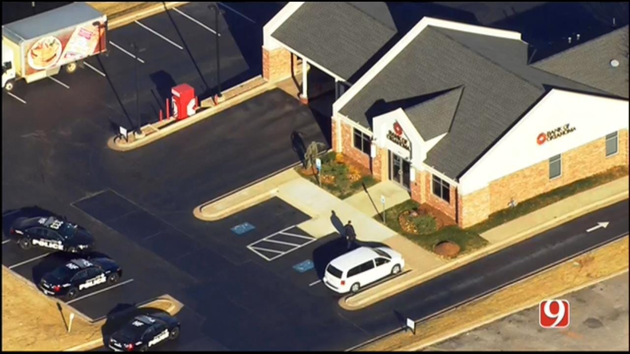 Police Investigating Armed Robbery At NW OKC Bank