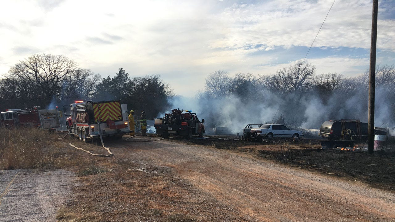 Crews Battle Wildfire Southeast Of Guthrie