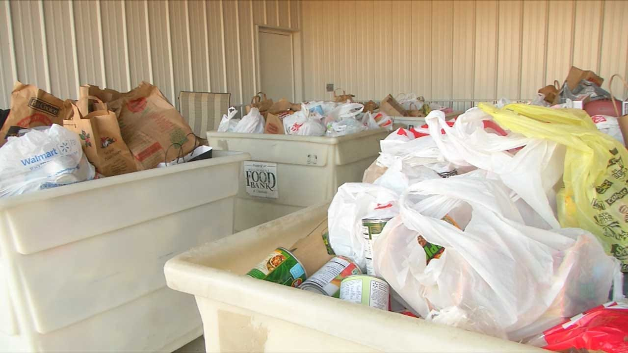 Donations Climb For Downs Family Christmas Lights Ministry