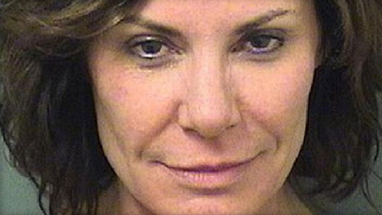 """Police: """"Real Housewives Of New York"""" Star Slipped Handcuffs, Tried To Escape Car"""