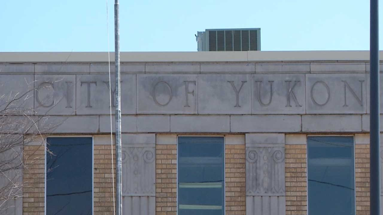 Former Yukon City Manager Suing City, Leaders