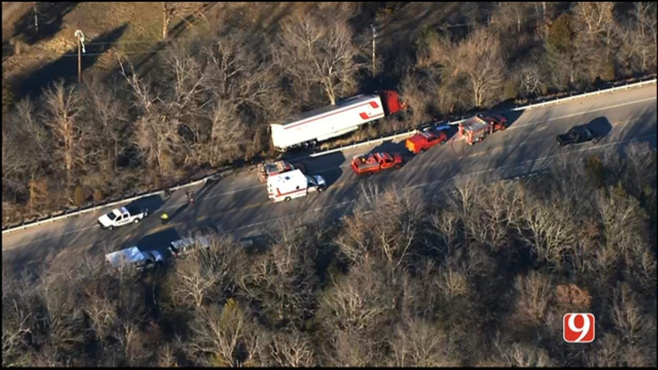 Injury Crash Involving Tractor-Trailer Reported In Pott. Co.
