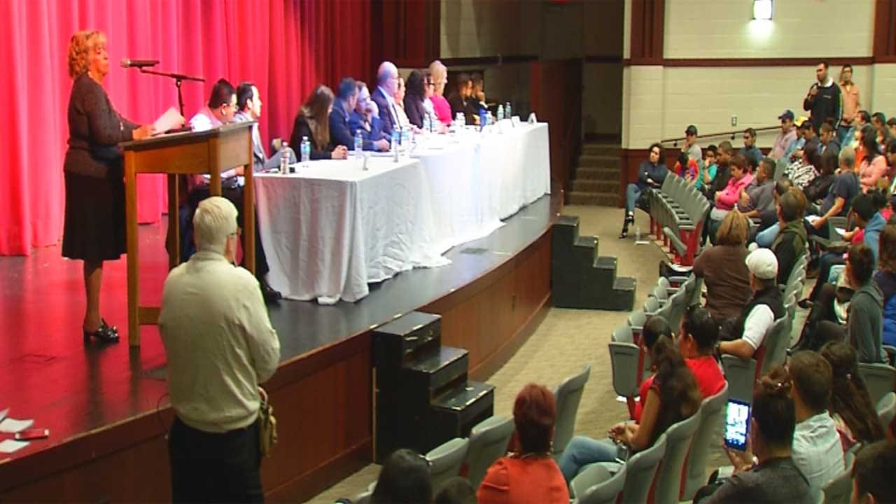 Hundreds Gather For Answers At OKC Immigration Forum