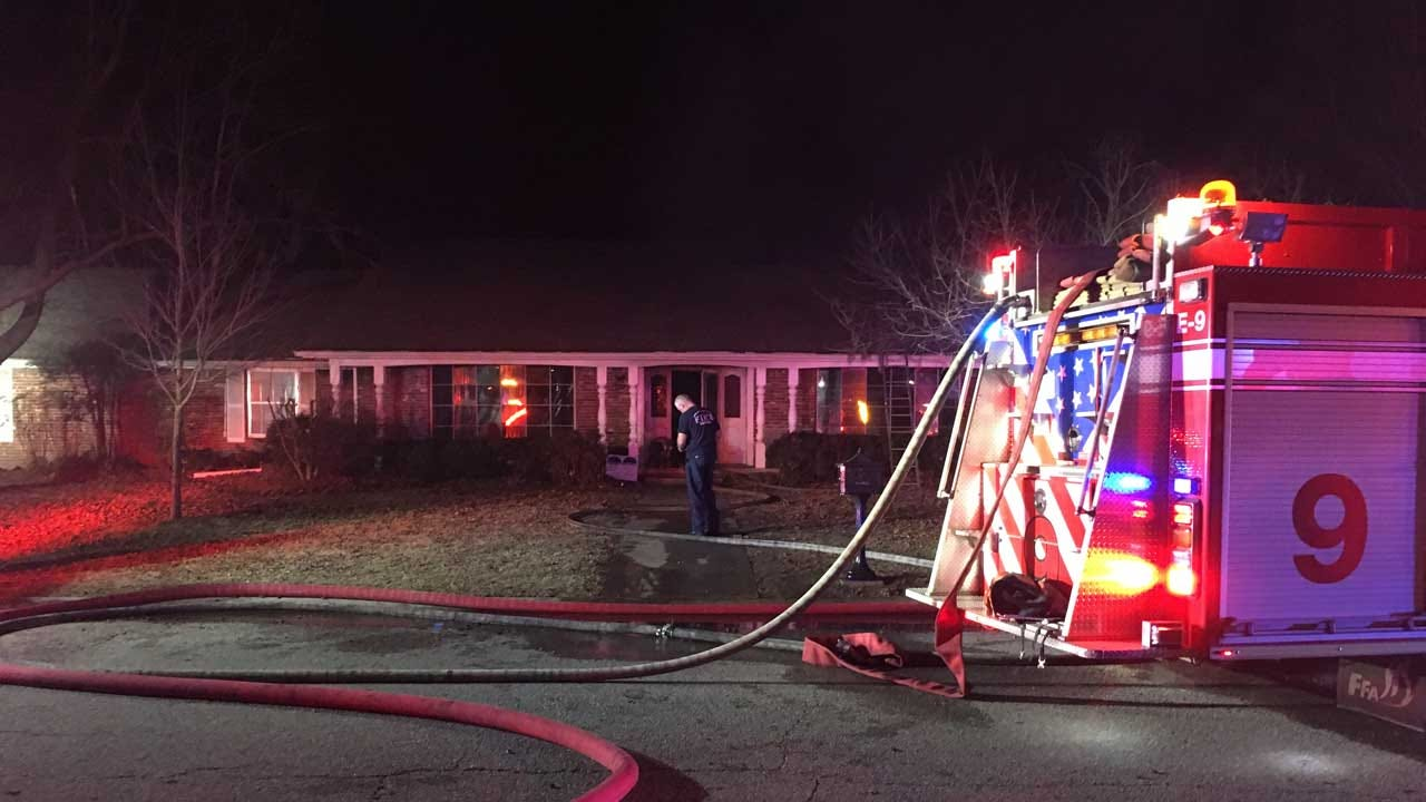 Metro Family Escapes Burning Home, Dog Does Not Survive