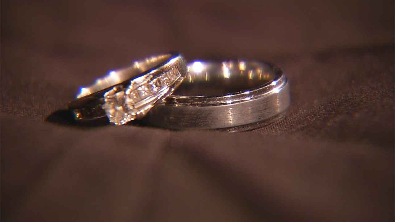Couple Forced To Prove New Mexico Is A State While Applying For Marriage License