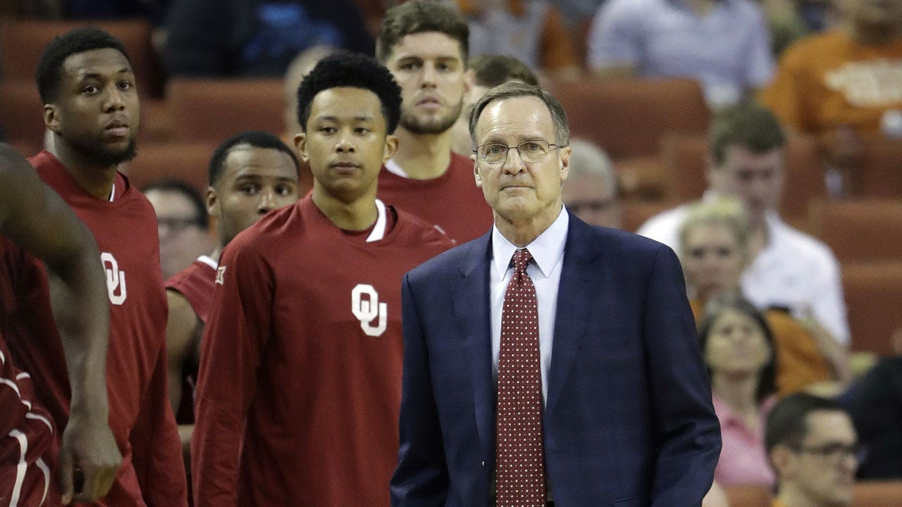 No. 9 Baylor Holds On 60-54 Over Oklahoma To Stay In 2nd
