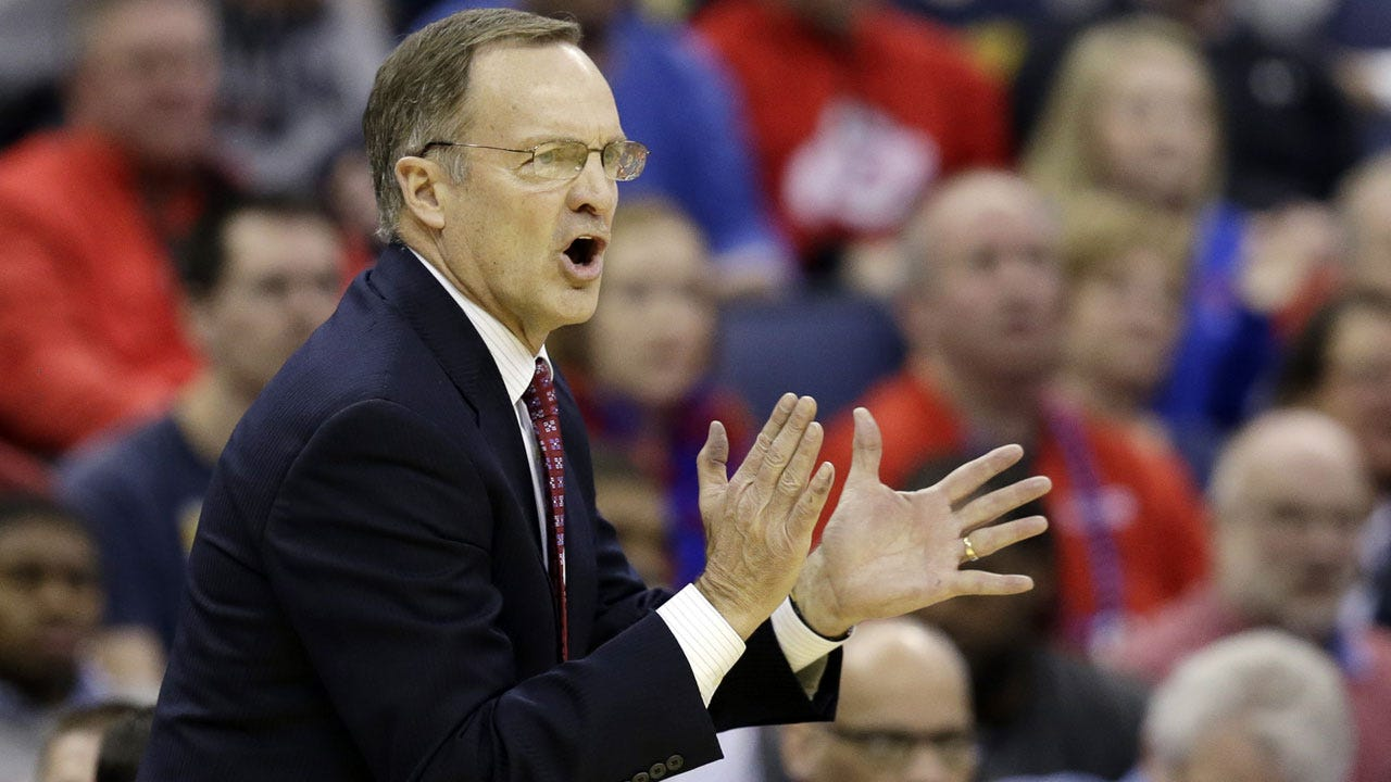 Lon Kruger Tallies 600th Career Win As Sooners Knock Off Kansas State