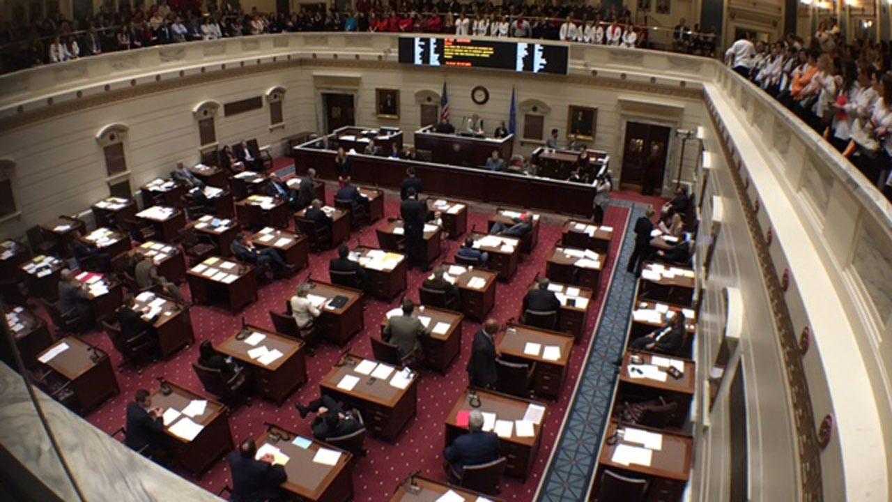 Senate Passes REAL ID Bill 35-11