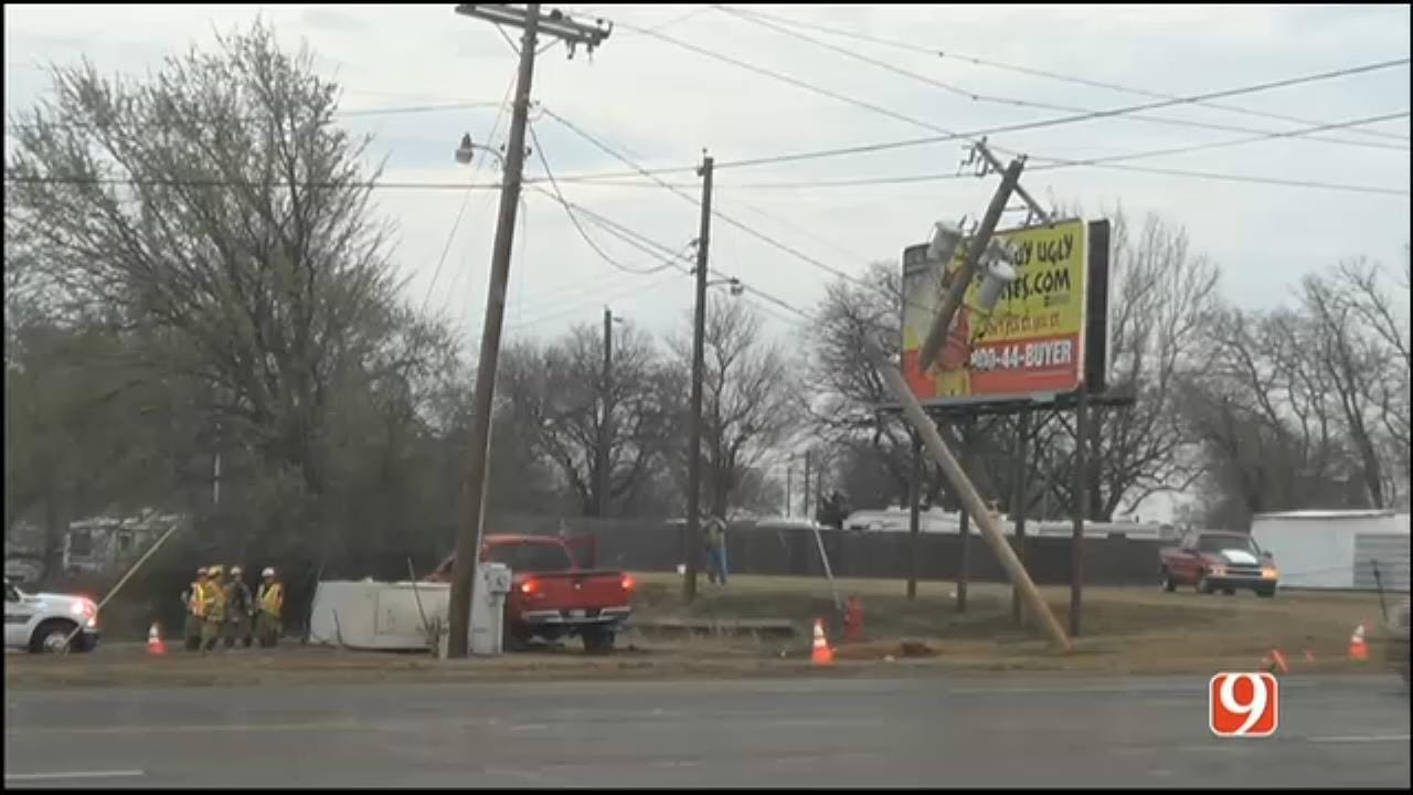 Truck Hits Power Pole, Is On Live Lines, Midwest City Authorities Say