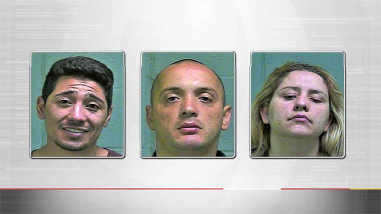 3 Accused Of Stealing Thousands Worth Of Jewelry, Merchandise