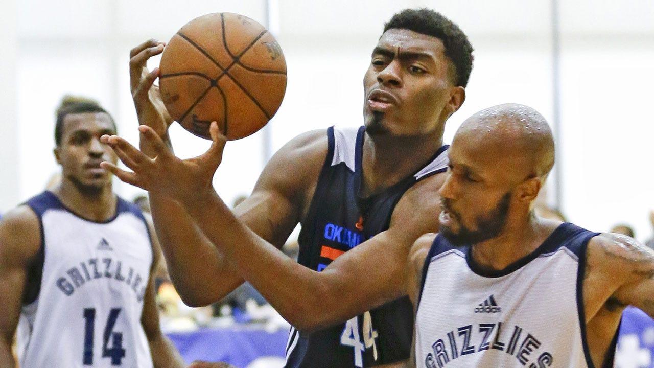 Report: Thunder Signs Dakari Johnson