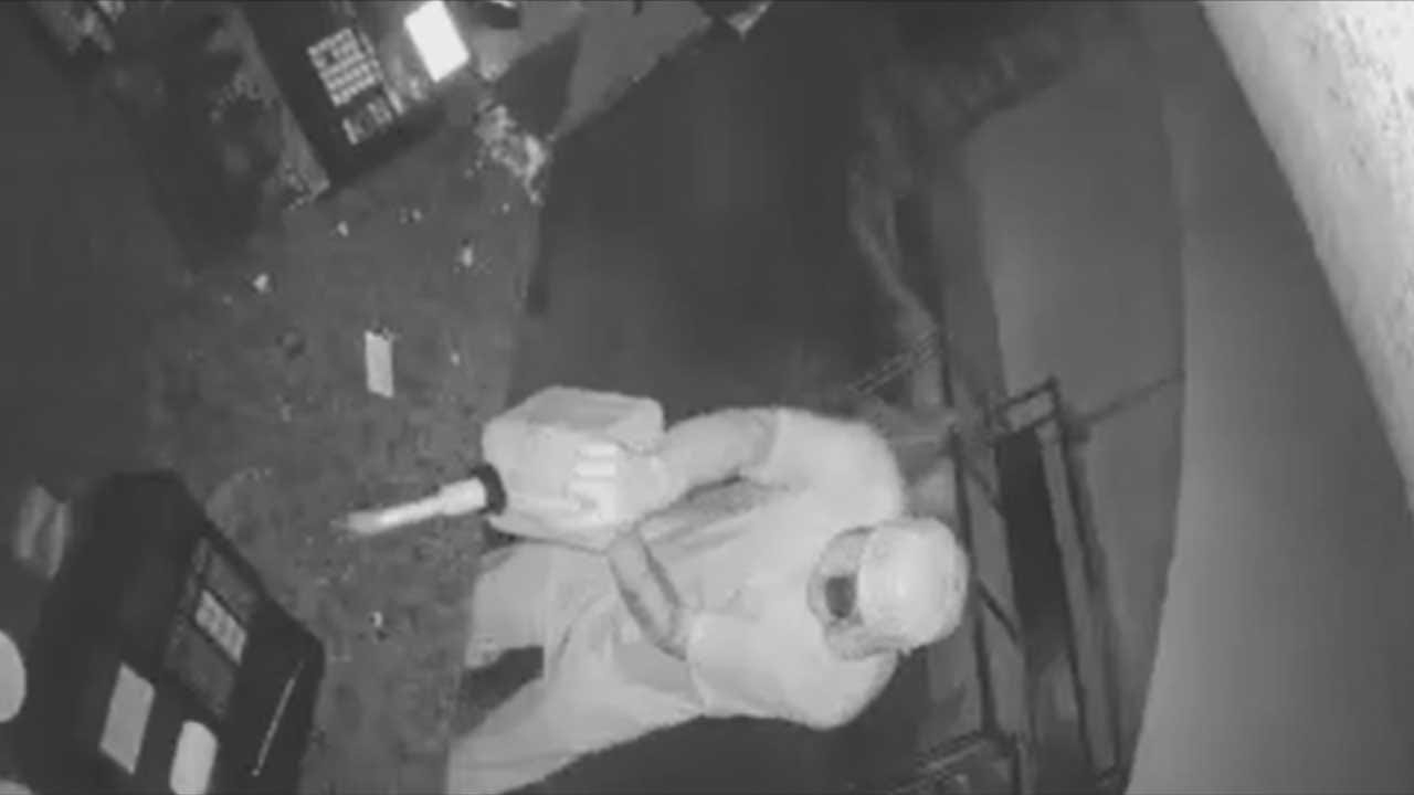 Investigators Looking For Suspect In Metro Bakery Burglary, Arson