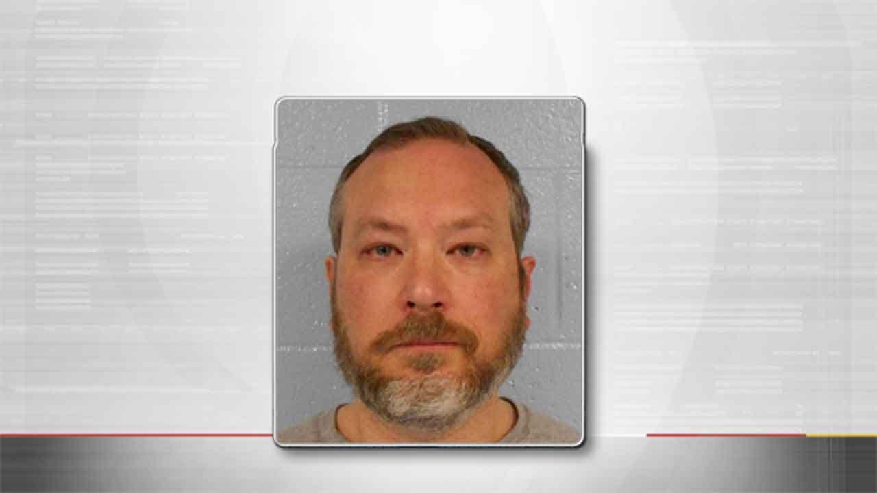 Edmond Man Arrested For Possession, Distribution Of Child Porn