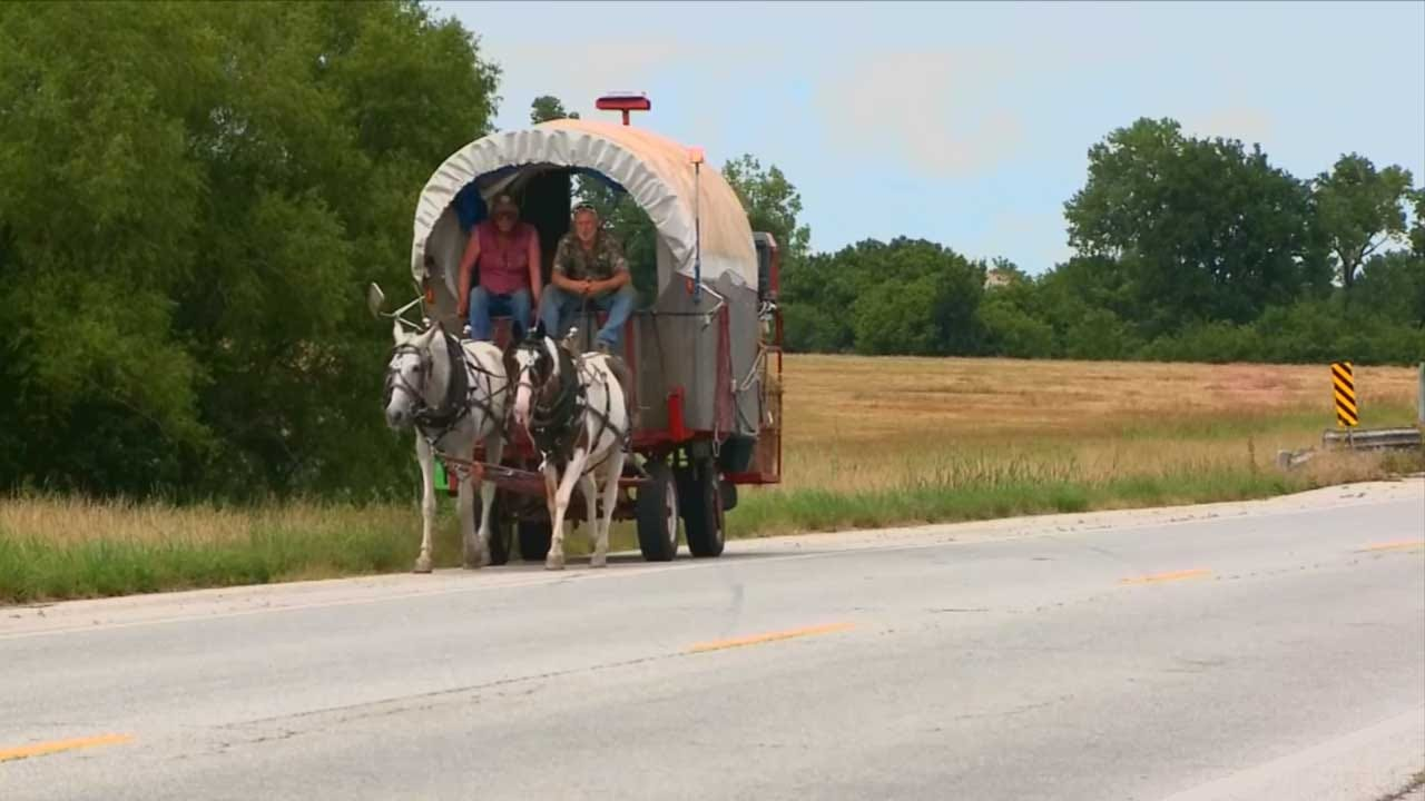 Oklahomans Return Home After Covered Wagon Adventure