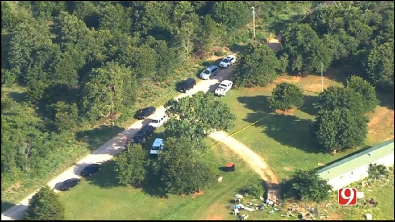 Law Officers Investigate After Body Found In Rural McClain County