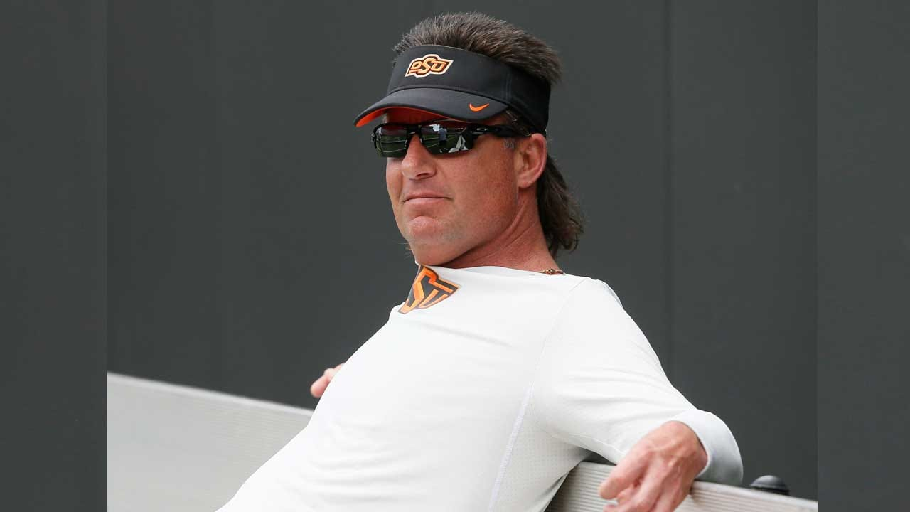 Mike Gundy Signs New Long-Term Contract With Oklahoma State