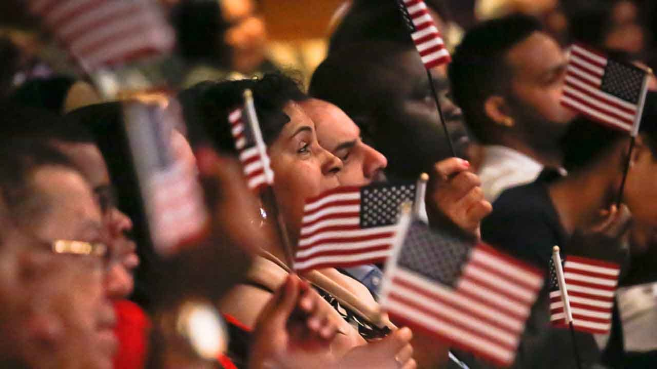 100 Immigrants To Be Sworn As U.S. Citizens In OKC Friday